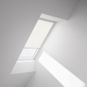 installed-1086-flat-light-filtering-beige web