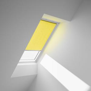 installed-4073-flat-light-filtering-bright-yellow web